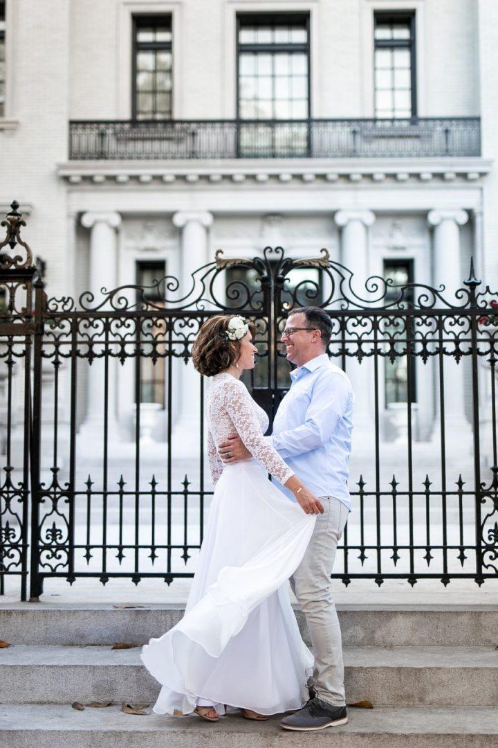 engagement-wedding-anniversary-photographer-savannah, ga-bronston photography-forysth park-armstrong house